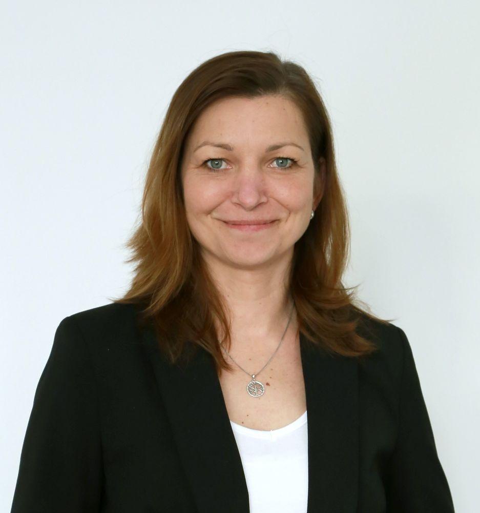 Ivana Völflová - RE/MAX Search