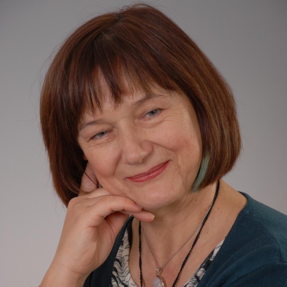 PhDr. Helena Kolářová - RE/MAX A-City