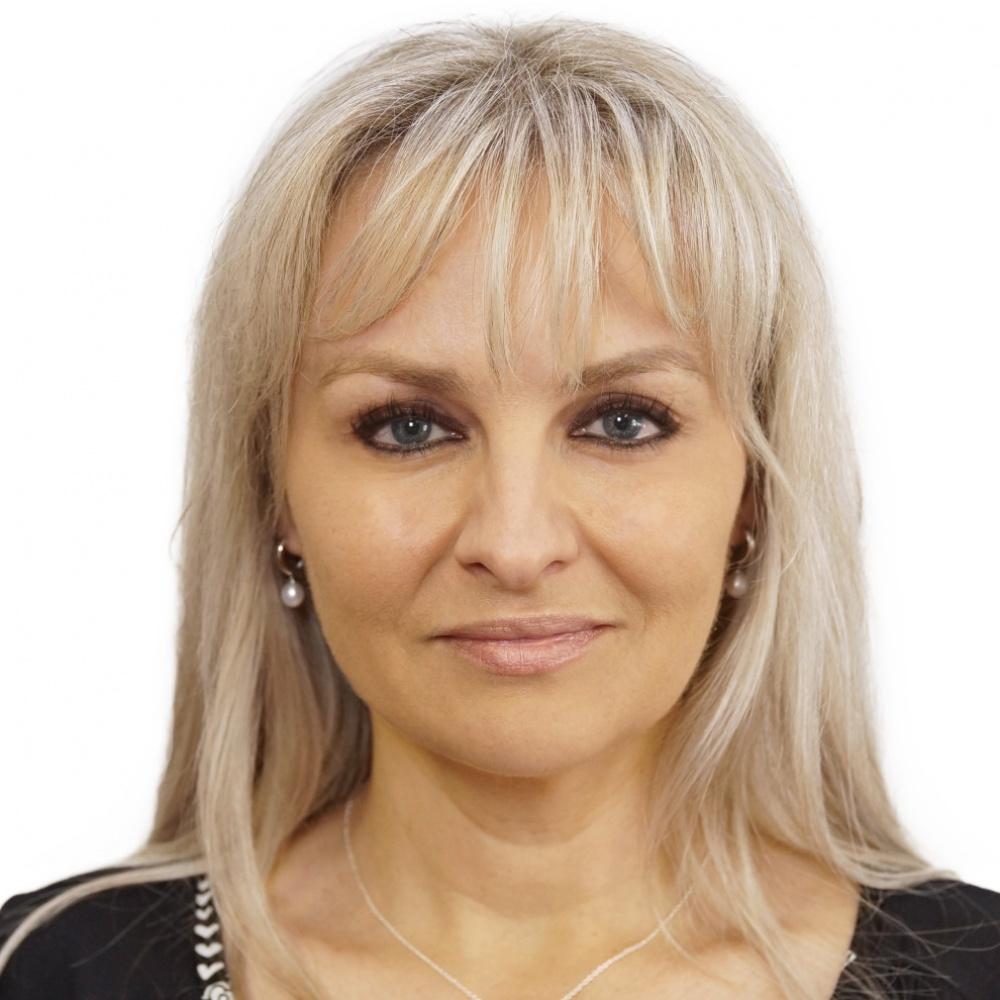 Mgr. Alena Slavíčková - RE/MAX Atraktiv