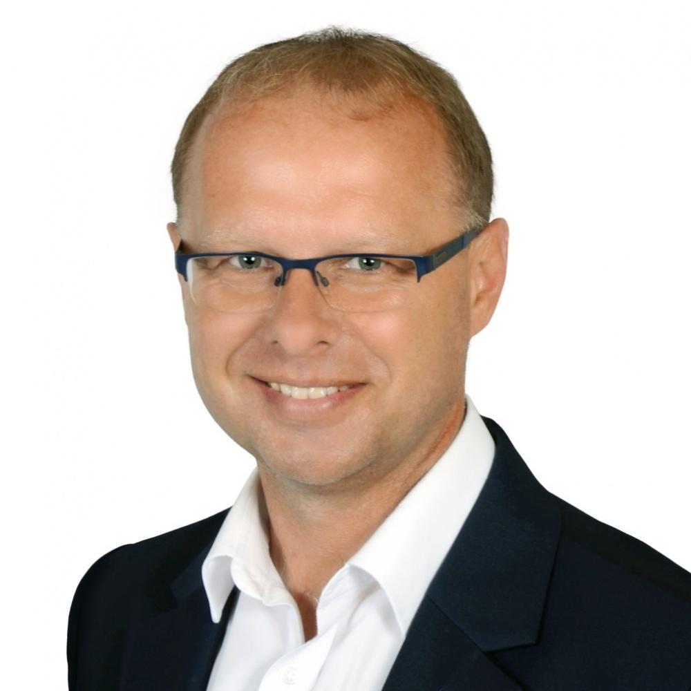 Miroslav Štrojsa - RE/MAX G8 Reality 7