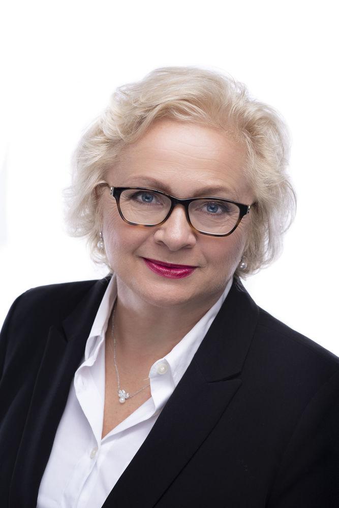 Jana Schwarz - RE/MAX Alfa