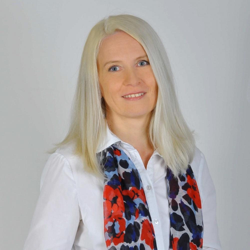 PhDr. Eva Leňová - RE/MAX Profit