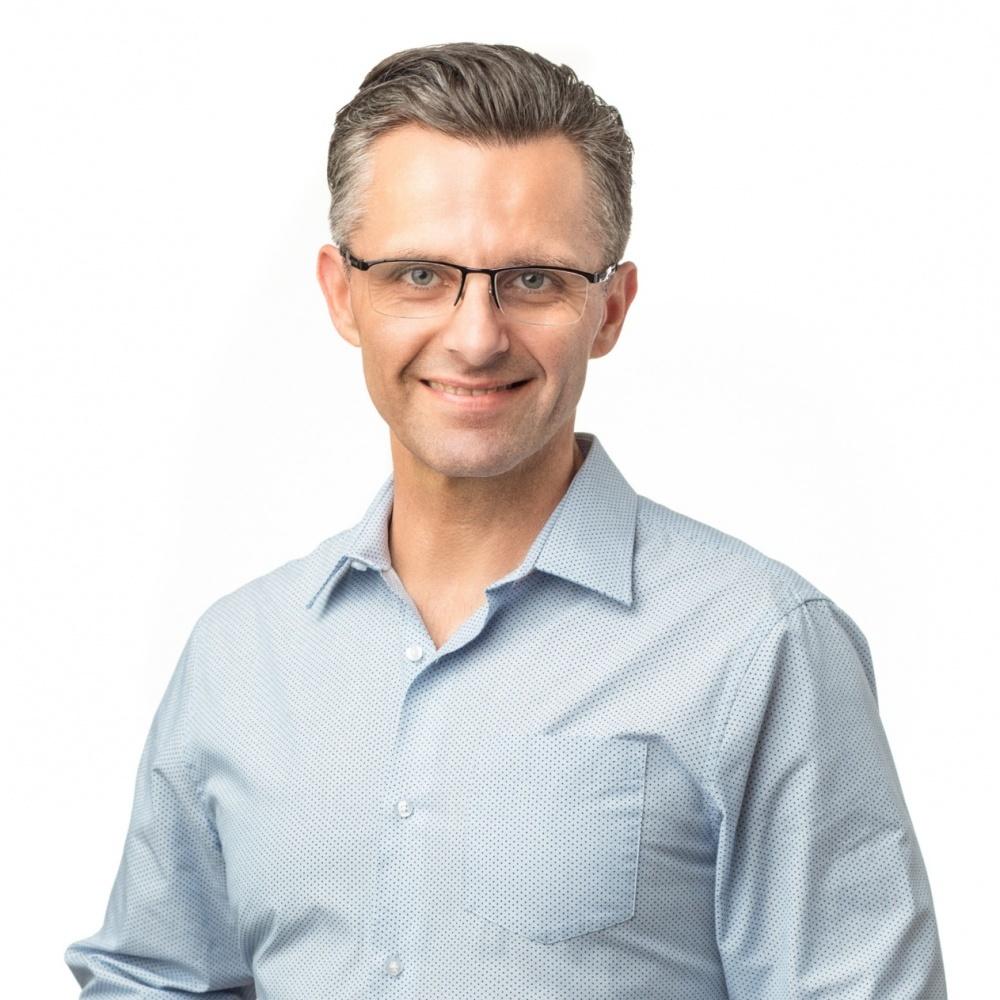 Marek Lindauer - RE/MAX Dynamic