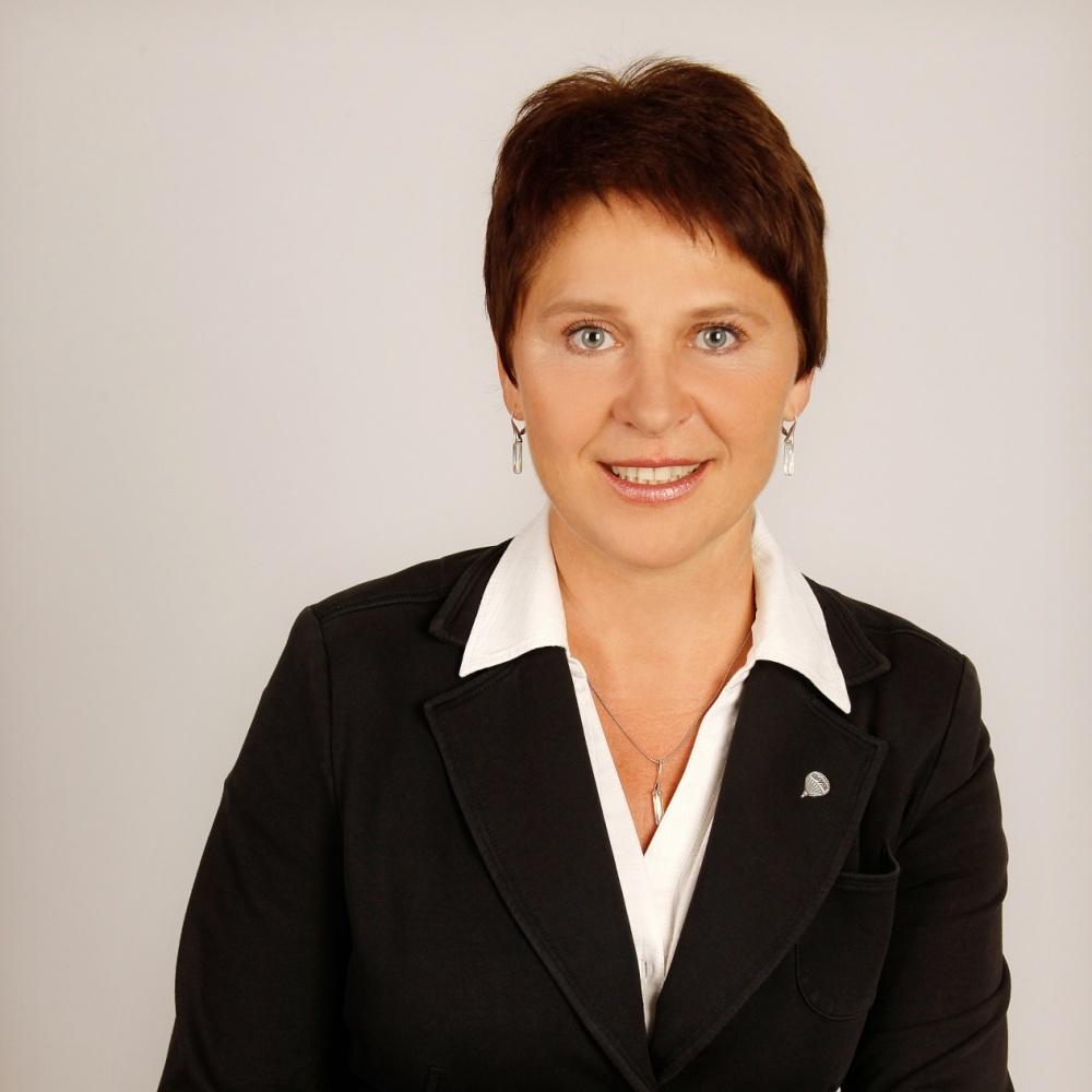 Yvona Žerebná