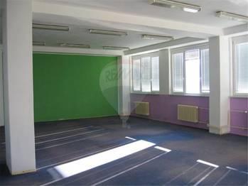 Pronájem kancelářských prostor 580 m², Králův Dvůr