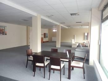 Obchodní prostor - Prodej obchodních prostor 230 m², Písek