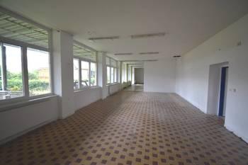 Pronájem obchodních prostor 400 m², Týn nad Vltavou