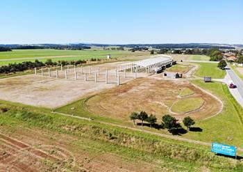 Prodej pozemku 3928 m², Hůry