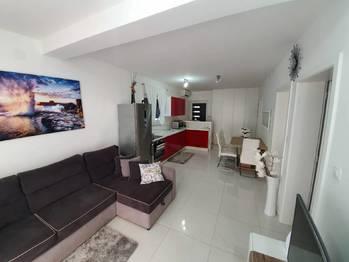 Obývací pokoj. - Prodej bytu 2+1 v osobním vlastnictví 52 m², Privlaka