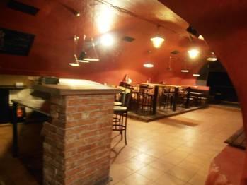 Bar - Pronájem obchodních prostor 210 m², Jihlava