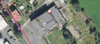 Půdorysný letecký pohled. - Prodej zemědělského objektu 6900 m², Krásná