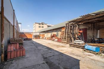 Pronájem komerčního objektu 3337 m², Slaný