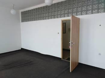 Pronájem kancelářských prostor 40 m², Moravský Krumlov