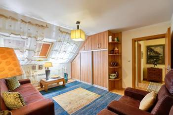 Pokoj - Prodej domu 251 m², Římov