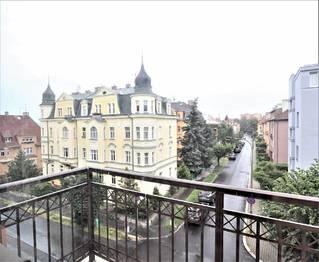 Prodej bytu 2+kk v osobním vlastnictví 128 m², Karlovy Vary