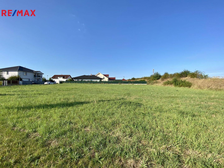 Prodej pozemku 2400 m², Jesenice