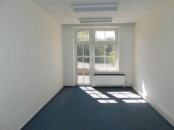 kancelář s terasou - Pronájem kancelářských prostor 150 m², Jablonec nad Nisou