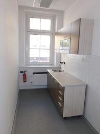 kuchyňka - Pronájem kancelářských prostor 150 m², Jablonec nad Nisou