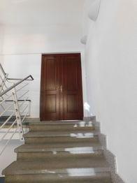 vstupní dveře - Pronájem kancelářských prostor 150 m², Jablonec nad Nisou