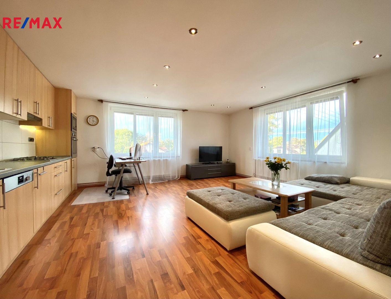 Prodej bytu 3+kk v osobním vlastnictví 105 m², Měšice
