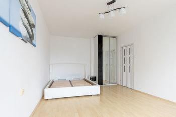 Pronájem bytu 1+1 v osobním vlastnictví 39 m², Plzeň