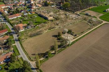 výškový pohled - Prodej pozemku 17341 m², Chomutice