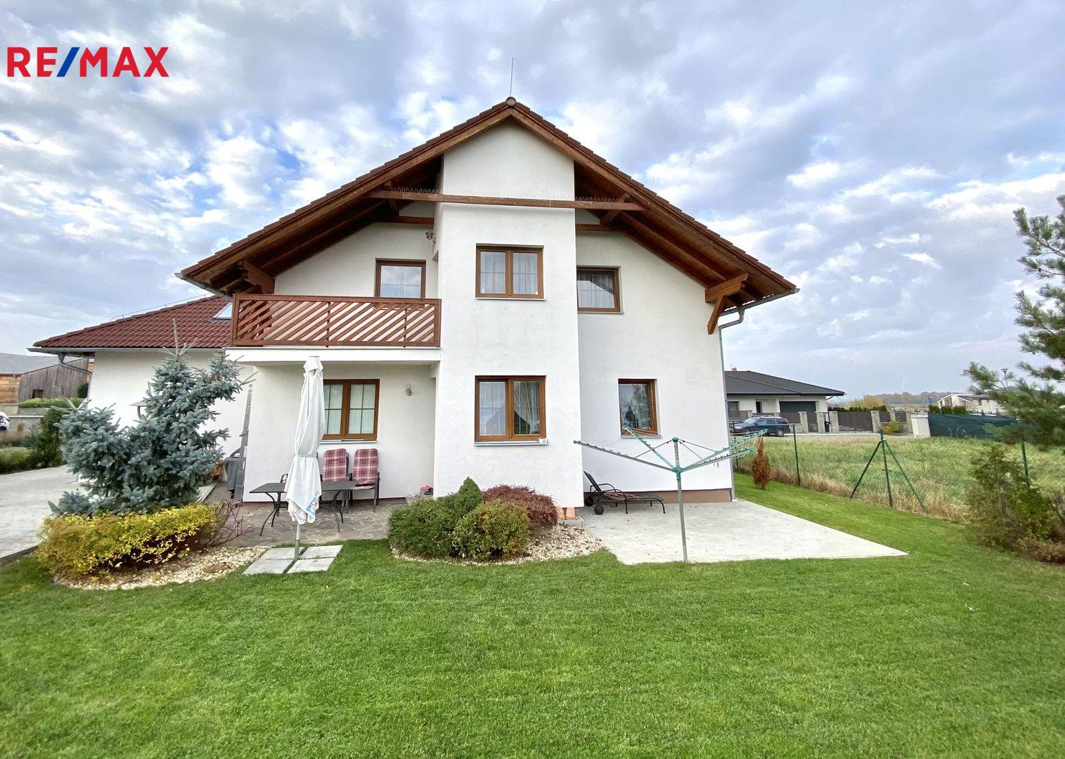 Prodej domu 317 m², Jesenice