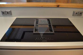 Siemens varná deska s integrovaným odtahem par - Pronájem bytu 2+kk v osobním vlastnictví 62 m², Prostějov