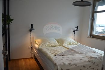 ložnice - Pronájem bytu 2+kk v osobním vlastnictví 47 m², Prostějov