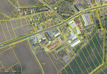 Pronájem pozemku 353 m², Sukorady