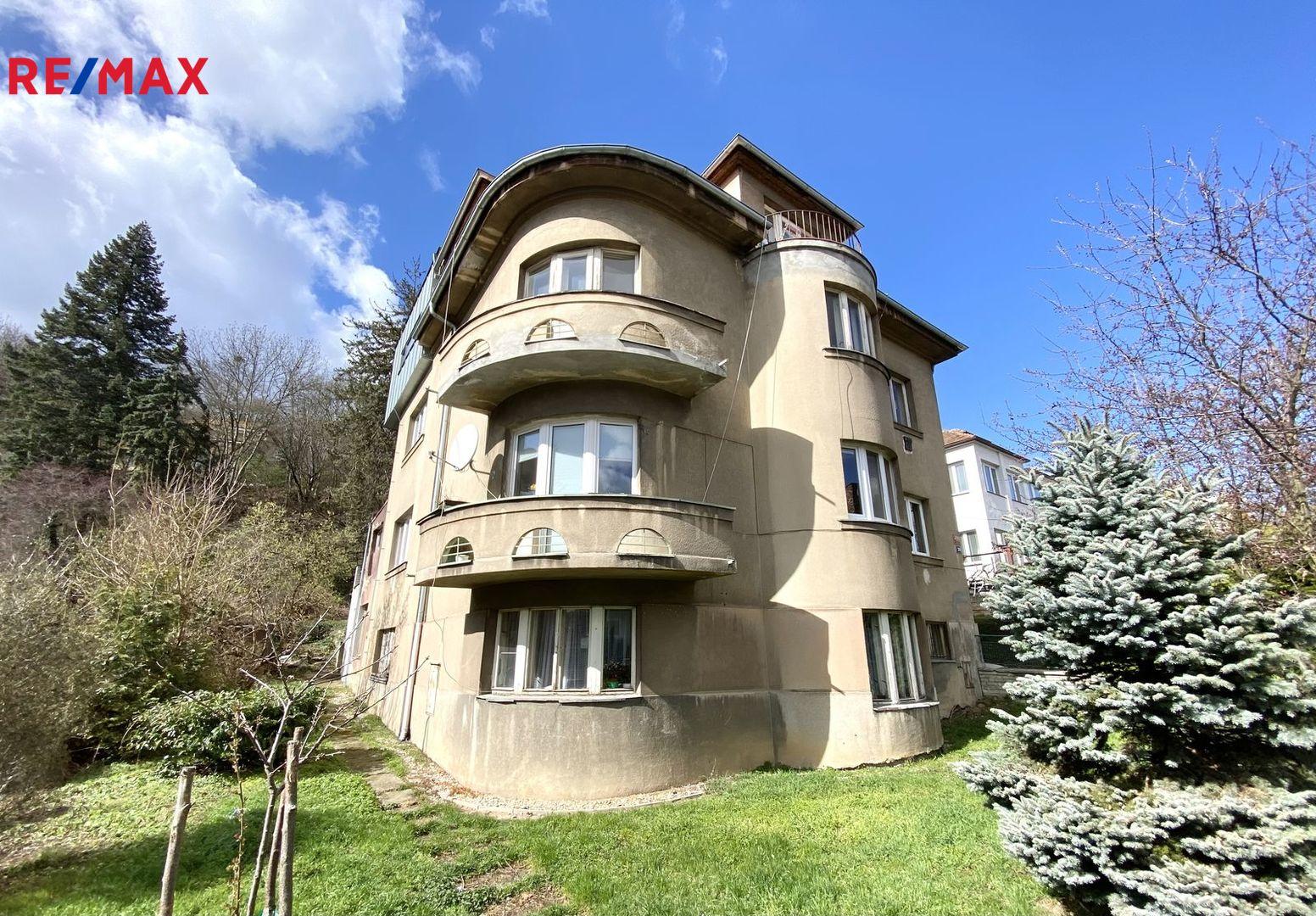 Prodej bytu 2+1 v osobním vlastnictví 60 m², Praha 5 - Smíchov