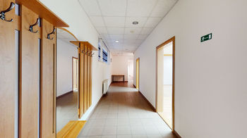 Pronájem obchodních prostor 102 m², Praha 5 - Smíchov