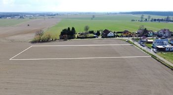 Prodej pozemku 4689 m², Opařany