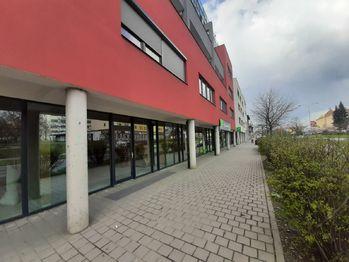 Prodej obchodních prostor 73 m², Brno