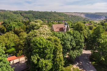 Levý Hradec v Roztokách u Prahy - Prodej pozemku 14749 m², Roztoky