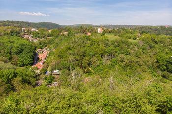 Prodej pozemku 14749 m², Roztoky