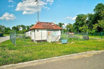 Prodej pozemku 16353 m², Medlov