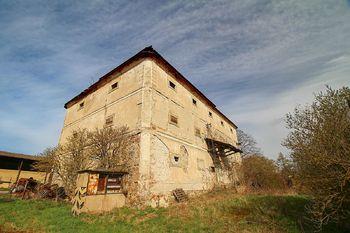 Prodej pozemku 7070 m², Hřebečníky