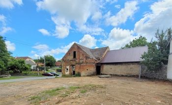 Prodej pozemku 1317 m², Sádek