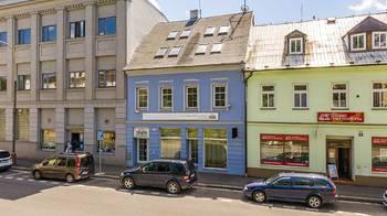 pohled z ulice - Pronájem komerčního objektu 649 m², Česká Lípa