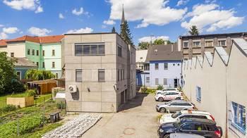 zadní trakt - Pronájem komerčního objektu 312 m², Česká Lípa