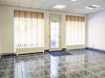 prodejna - Pronájem komerčního objektu 337 m², Česká Lípa