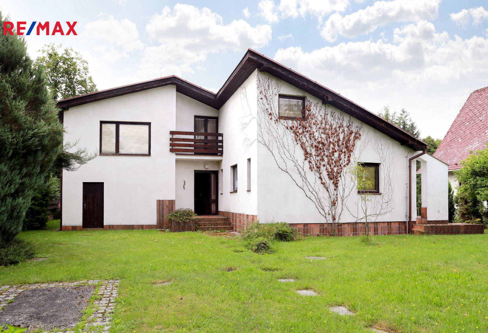 Prodej domu 300 m², Žinkovy