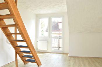 Prodej bytu 1+1 v osobním vlastnictví 52 m², Praha 5 - Zličín