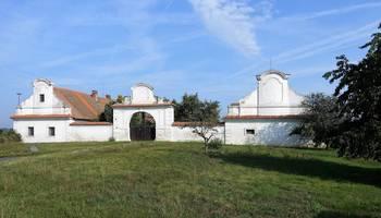Prodej historického objektu, 1000 m2, Žleby