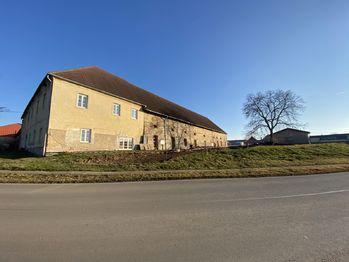 Pronájem komerčního prostoru (kanceláře), 30 m2, Červený Újezd