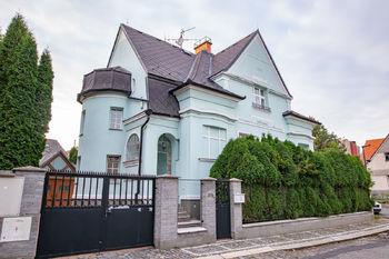Prodej domu, 438 m2, Mšeno